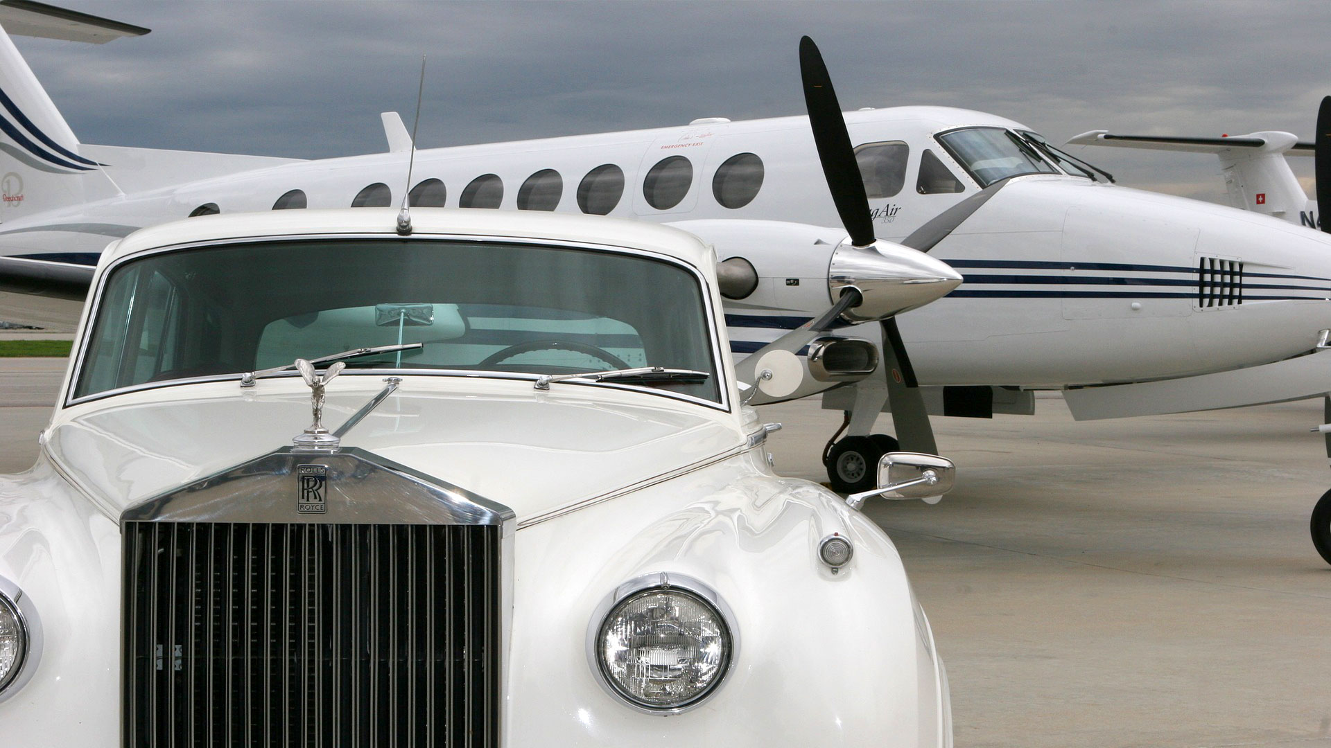 Airport Taxi Transfer with Rolls Royce - Varna Airport