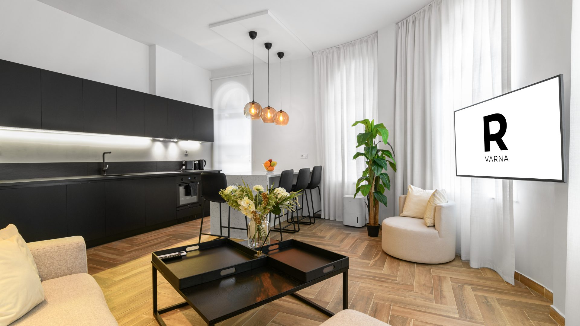 R-Varna Deluxe holiday apartments for rent